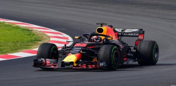 Formuła 1: Verstappen zabrał zwycięstwo Vettelowi